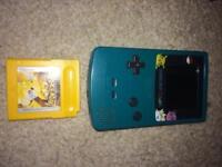 Gameboy color and Pokemon yellow nintebdo
