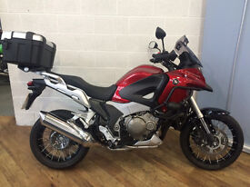 Honda Crosstourer 1250 - 2013 Dark Red. Excellent Condition, only 7k miles