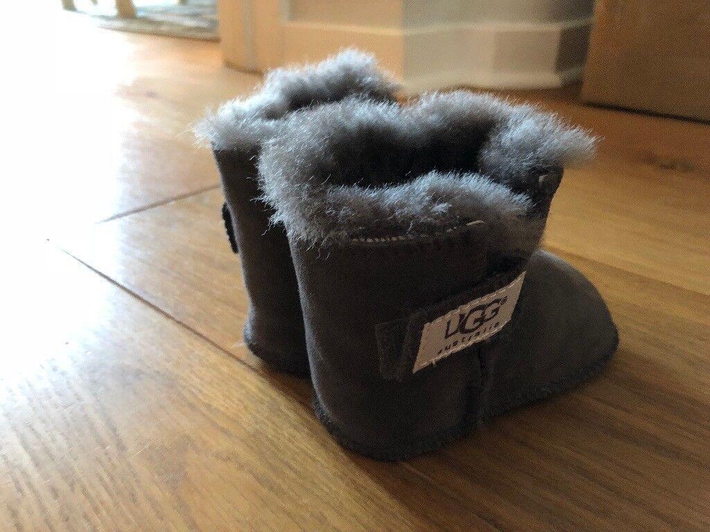 Baby Ugg Baby Uggs UK size 2 - euro 18 – Grey BOOTS - Brand new
