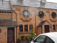 1 bedroom flat in Off Fountain Lane, Frodsham