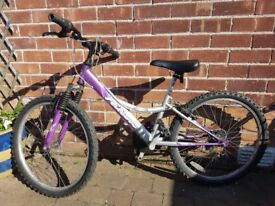 Girls Bike - Suitable for 8 - 11 Year olds - BELFAST- Good Condition