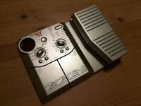 Zoom 607 bass multi effects pedal