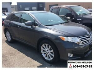 2011 Toyota Venza Base; Leather, Touring package; Local BC vehic