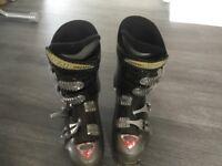 Mens Ski Boots Atomic size 8.5 (27.5)