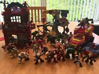 Marvel and dc chunky play set