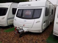 SUPERB 2011 Lunar Clubman SB Fixed Single Beds 4 Berth Caravan with Motor Mover