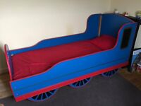 Thomas the Tank Engine single bed