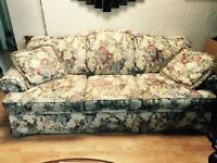 Pretty couch for sale