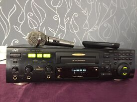 JVC professional sound karaoke machine , full working order , Kam microphone and over 250 tracks