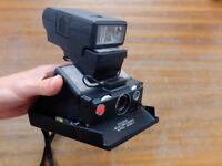 Polaroid SX70 Camera with flash