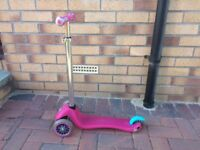 Childs Globber Scooter 3 year+