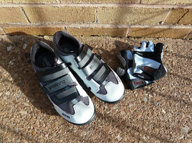 Ladies Shimano SPD shoes & Trek gloves