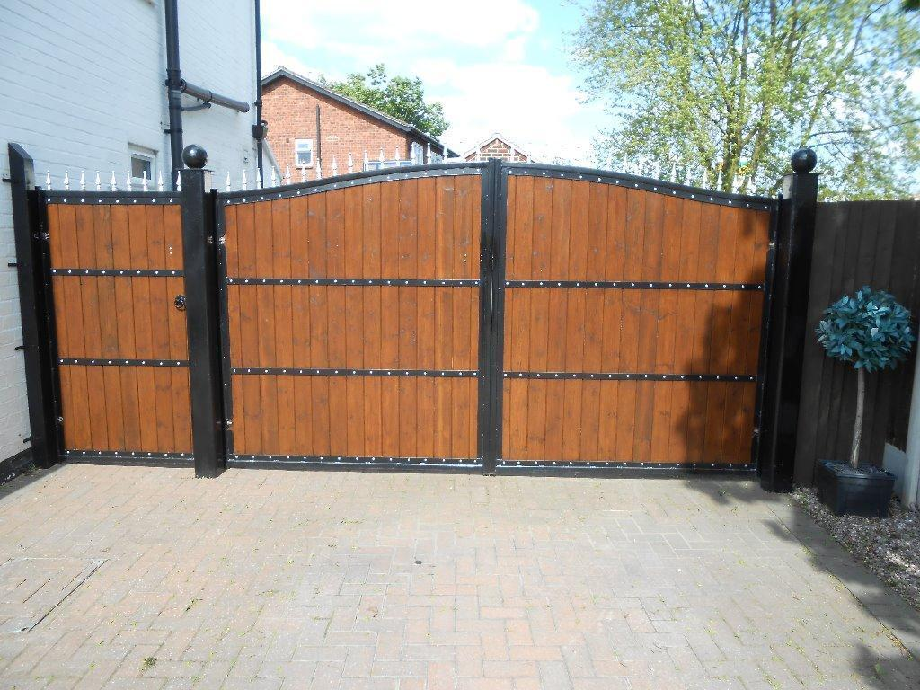Wrought Iron Wooden Gates With Steel Posts In Derby