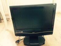 Toshiba hd ready tv woth bot in dvd with freeview