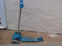 Kids blue 3 wheel scooter
