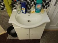 Nice sink for sale,,,verry nice condition....40£