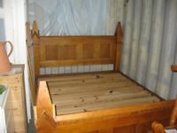 ***STUNNING*** BESPOKE SOLID PINE KING SIZE BED. RARE FIND. DISMANTLES. VIEWING/DELIVERY AVAILABLE