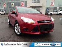 2014 Ford Focus SE 4 CYLINDER CLEAN CARPROOF ONE OWNER HEATED SE