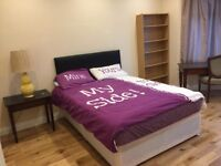 Furnished king size double room to let