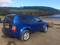 2009 Dodge Nitro SXT (swap For Nissan Elgrand or Automatic 4x4)