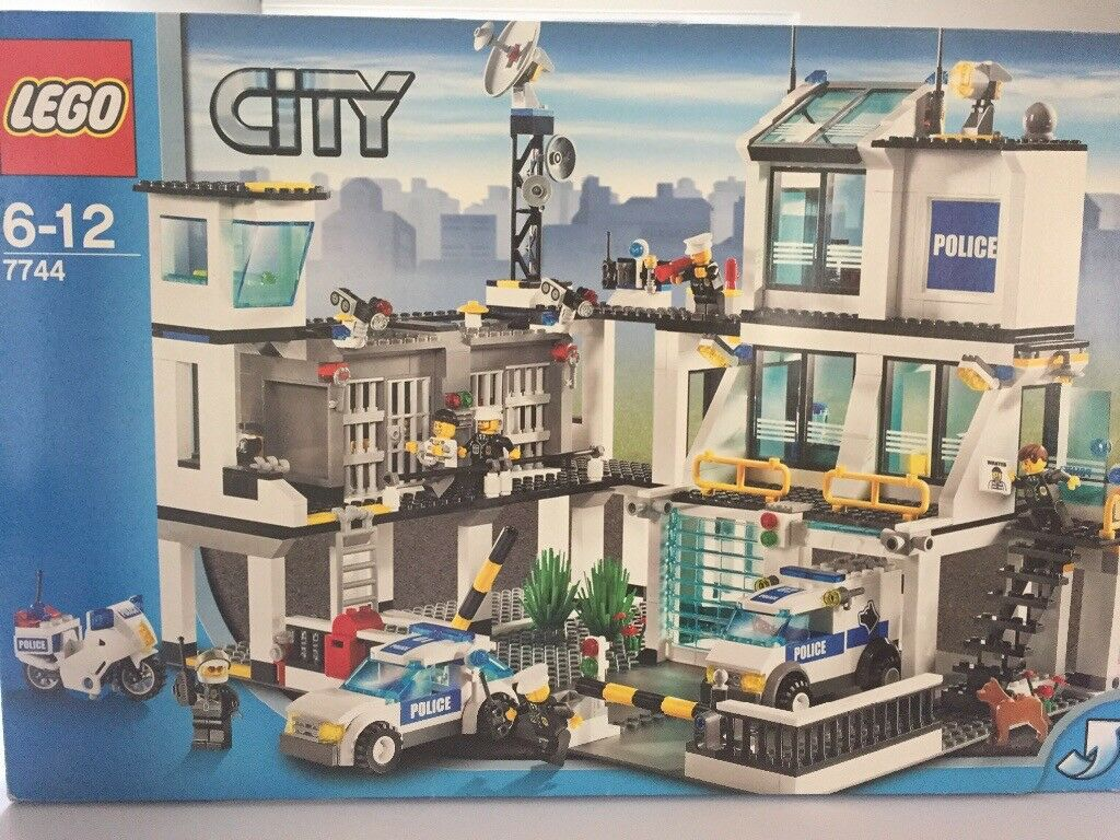 Lego City Police Headquarters Unopened Bags In Liberton