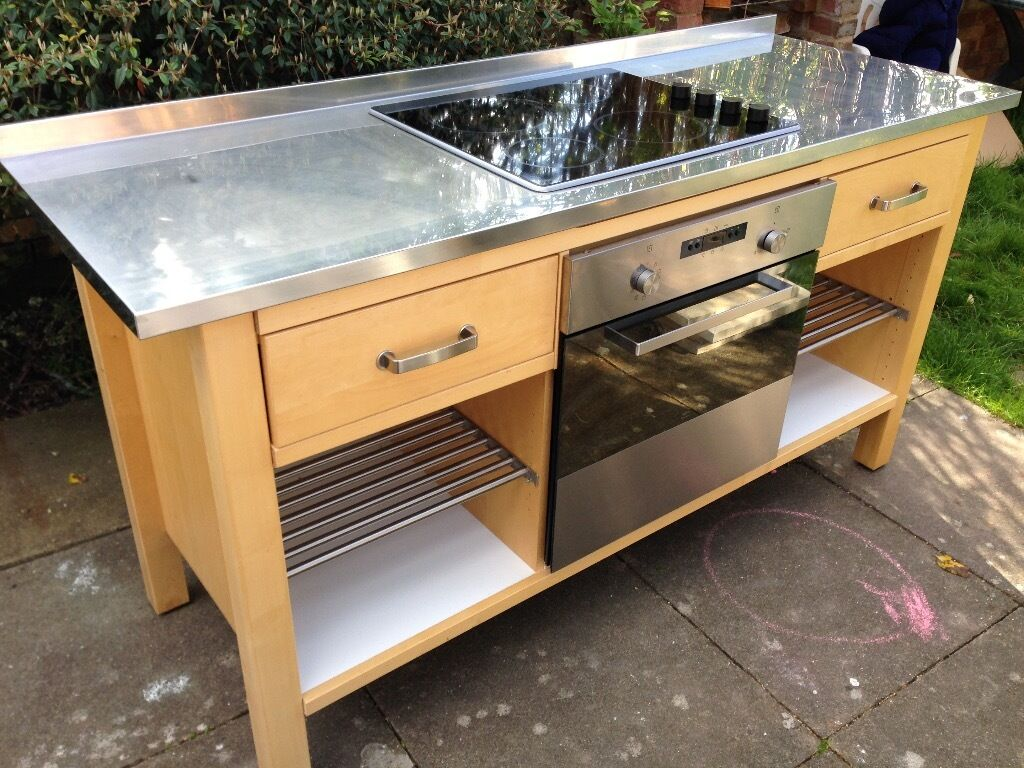 Quality IKEA Varde free standing kitchen units, cooker, sink ...