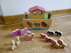 Early Learning Centre Wooden Noah's Ark