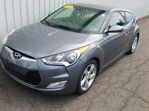 2013 Hyundai Veloster Base SPORTY HATCHBACK | FACTORY WARRANTY |