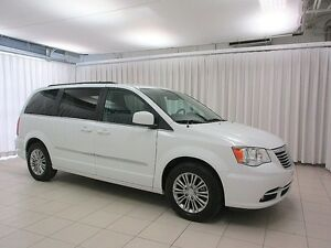 2016 Chrysler Town & Country 5DR MINIVAN 7PASS