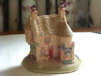 Edzell Summer House by Lilliput Lane