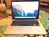 Apple Macbook Pro 13 Retina, 2.6Ghz Core i5, Intel Iris 1536MB, 8GB Ram, 256GB SSD Flash drive