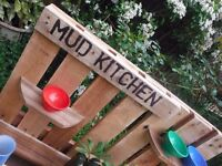 Childrens Mud Kitchen outside play for the garden