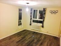 2 BED FLAT NEW PARKS LARGE & BEAUTIFUL 1st FLOOR