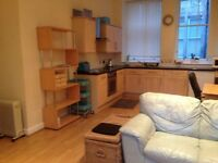 Merchant City one bed furnished flat in quiet courtyard