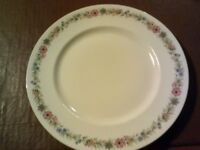 Pretty vintage crockery, Paragon Belinda ,6 dinner plates, cups, saucers, coffee cups, gravy, tureen