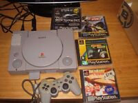 PLAYSTATION 1 WITH GAMES FULLY WORKING