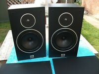WHARFEDALE 505.2 BIG BOOKSHELF SPEAKERS.
