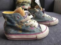 Converse new size 5