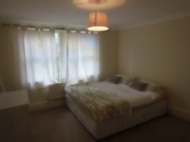 PRIVATE GARDEN 2 BEDROOM PROPERTY- ONLY £1300- TOOTING BROADWAY