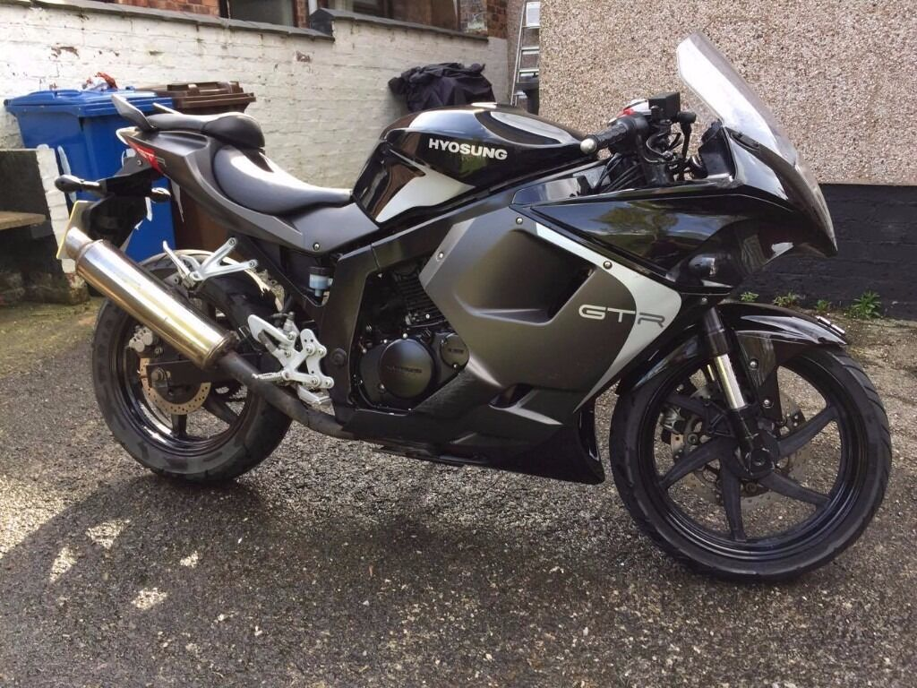 hyosung 125 gtr 2015 black low mileage in wigan manchester gumtree. Black Bedroom Furniture Sets. Home Design Ideas