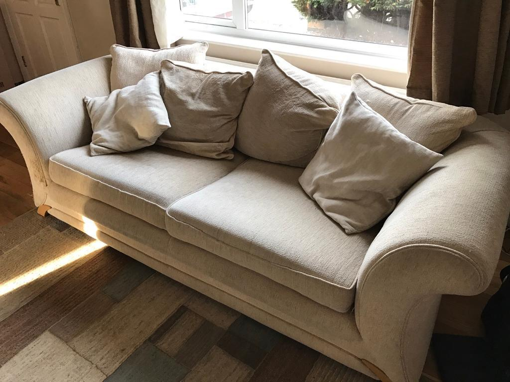 3 seater settee and a 2 seater sofa bed