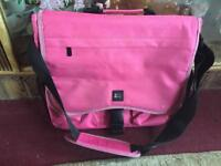 Nike ladies shoulder bag pink v. good condition £5