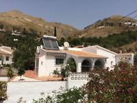 Lovely detached villa in Competa, Andalucia, Costa del Sol. Summer availability at good price.