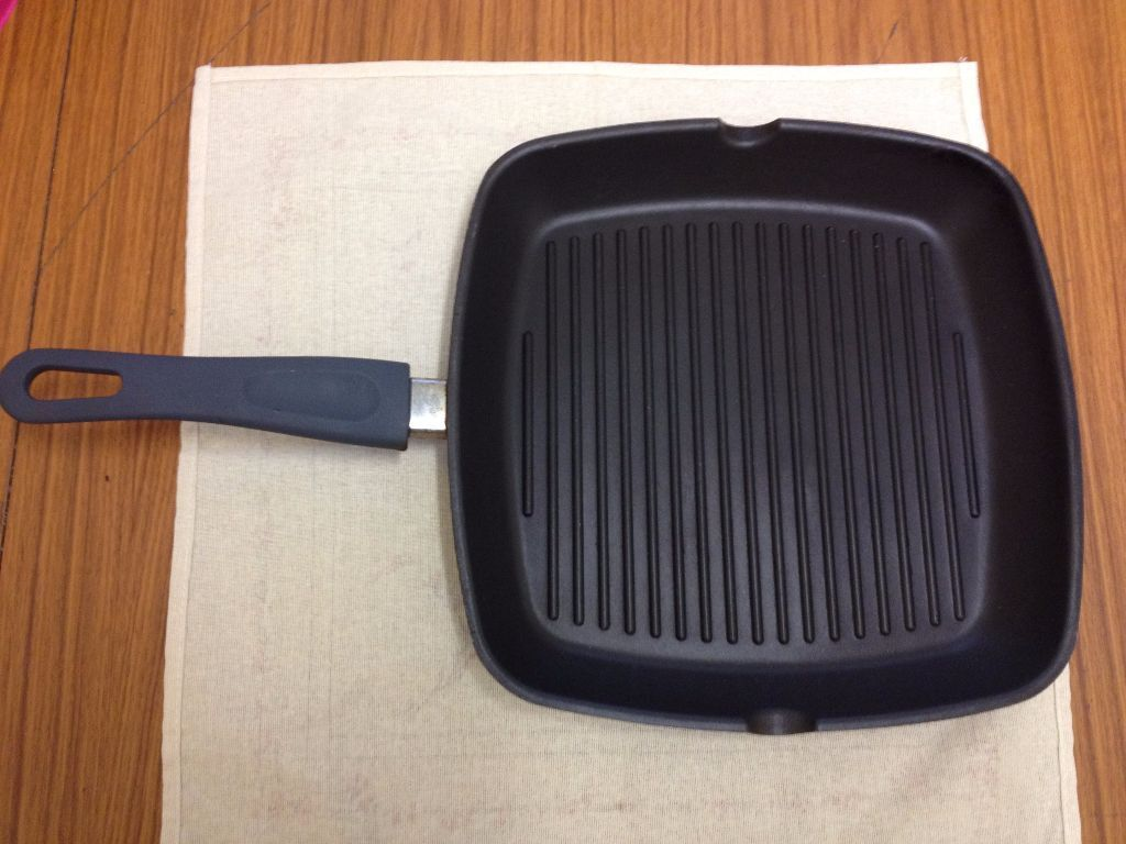 ikea grill pan very good condition only 5 in elephant and castle london gumtree. Black Bedroom Furniture Sets. Home Design Ideas