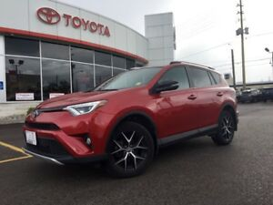2016 Toyota RAV4 SE AWD, MOONROOF, LEATHER, NAV, BACKUP CAMERA