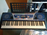 Electric Piano Keyboard Yamaha PSR-262 - Ideal for beginners (inc headphone socket)..