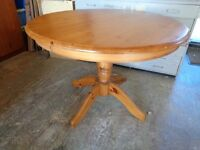 Dining /kitchen table Solid Pine