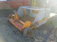 Sisis tractor pto driven leaf grass paddock sweeper collector
