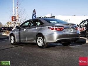 2015 Toyota Camry LE Windsor Region Ontario image 4