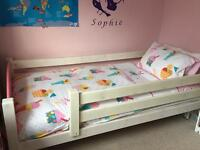 Child bed frame in VGC